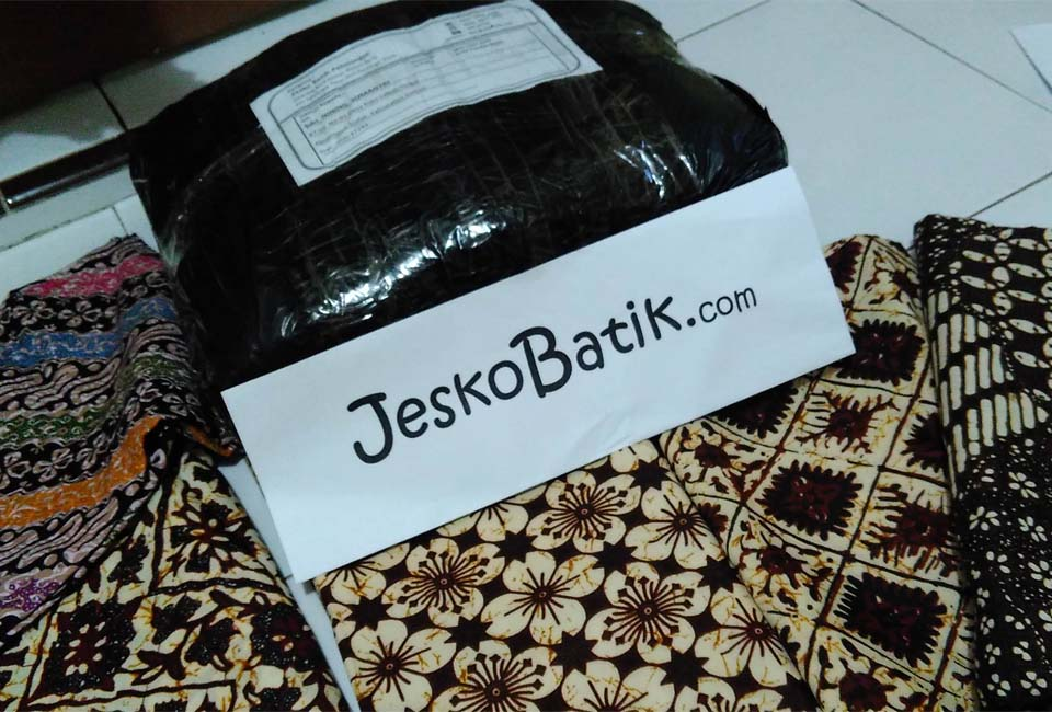 packing seragam batik