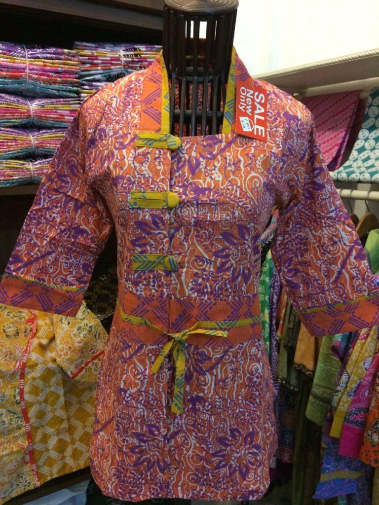 Jual Batik Wanita Model Blus – Batik Pekalongan – B83