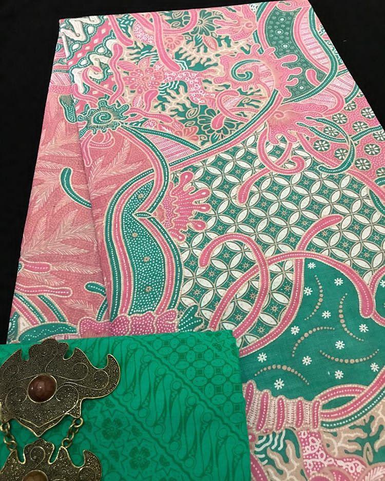 kain batik soft pastel