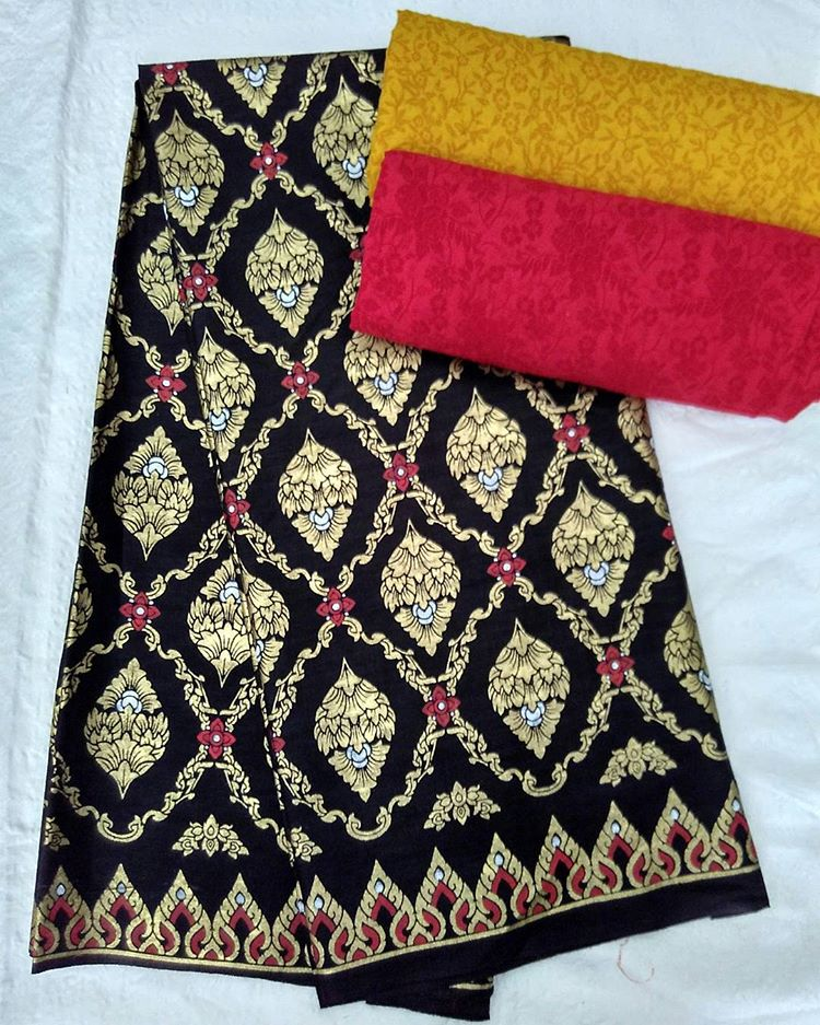 kain batik prada motif cemara