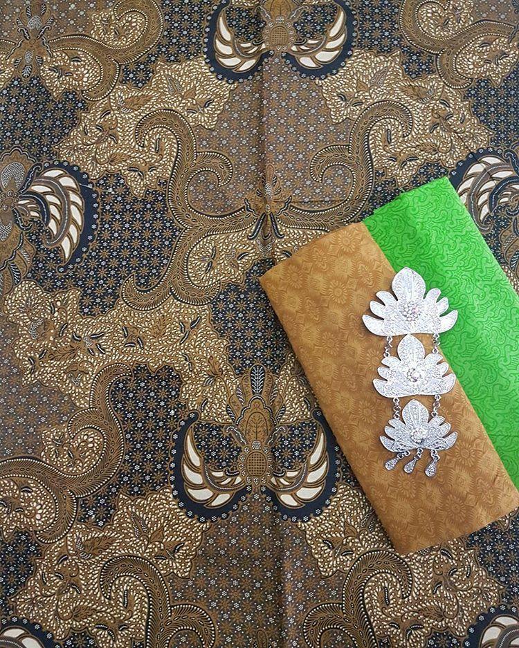 kain batik sogan untuk seragam batik