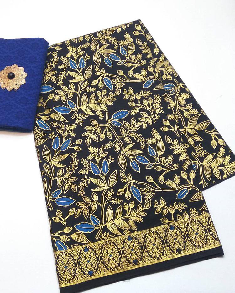 batik prada motif daun