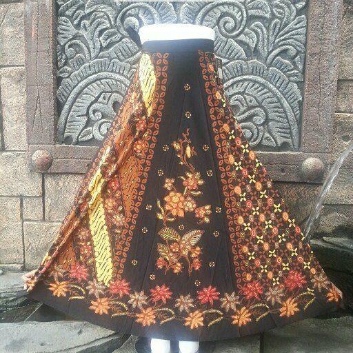 rok lilit batik cap sogan kombinasi