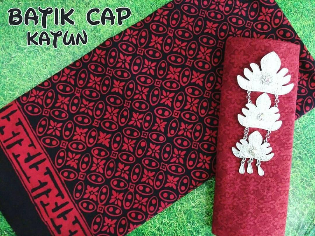 kain batik cap katun warna merah motif kawung