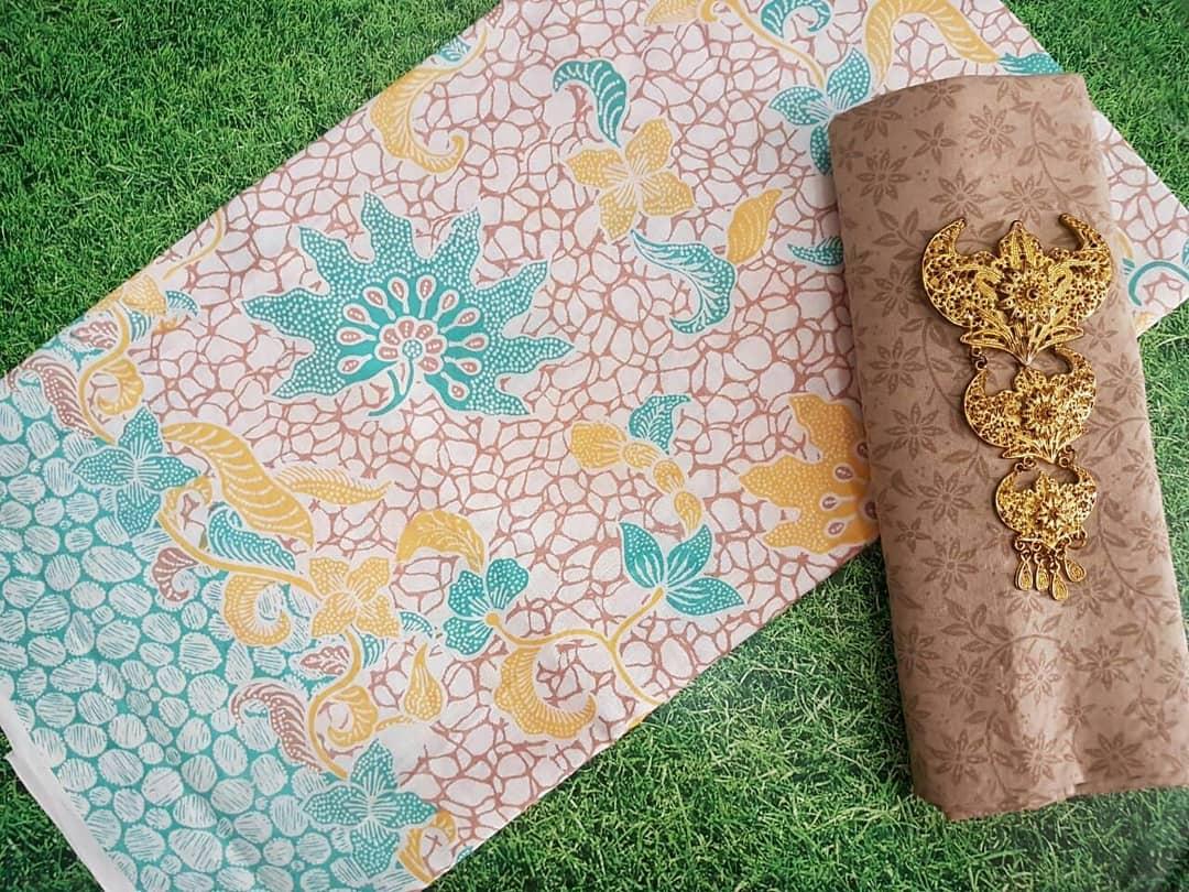 kain batik pekalongan warna soft pastel halus