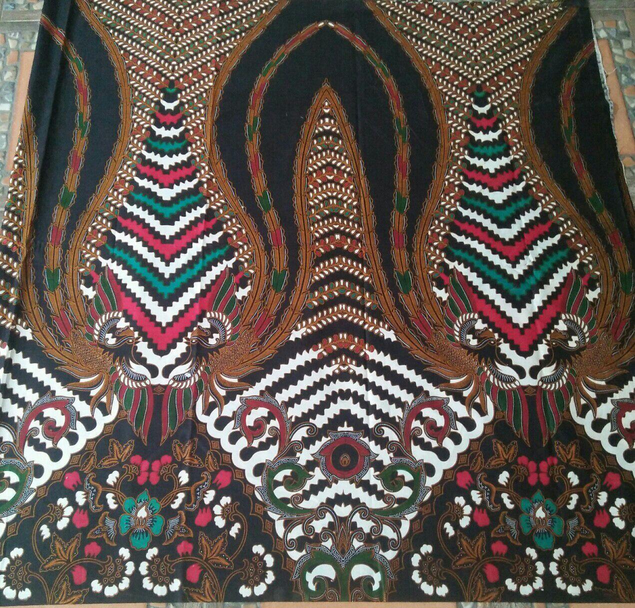kain batik warna hitam